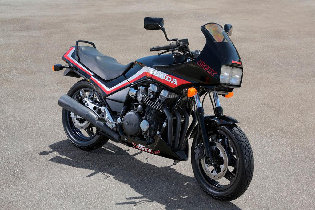 Conheça a Honda CBX 750F, a moto que mudou o mercado brasileiro