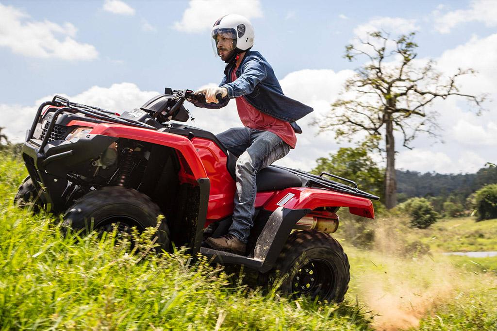 Moto x Quadriciclo: cada necessidade pede um diferente modelo da Honda